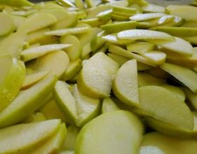 Naše obľúbené ovocie sú bio jablká